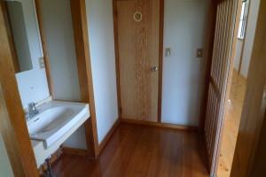 部屋のトイレ・洗面台